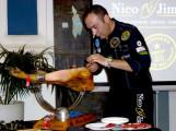 El maestro cortador Nico Jimenez en la Escuela Vatel