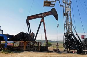 Campo de petroleo de Ayoluengo en Sargentes de la Lora. Burgos (2)