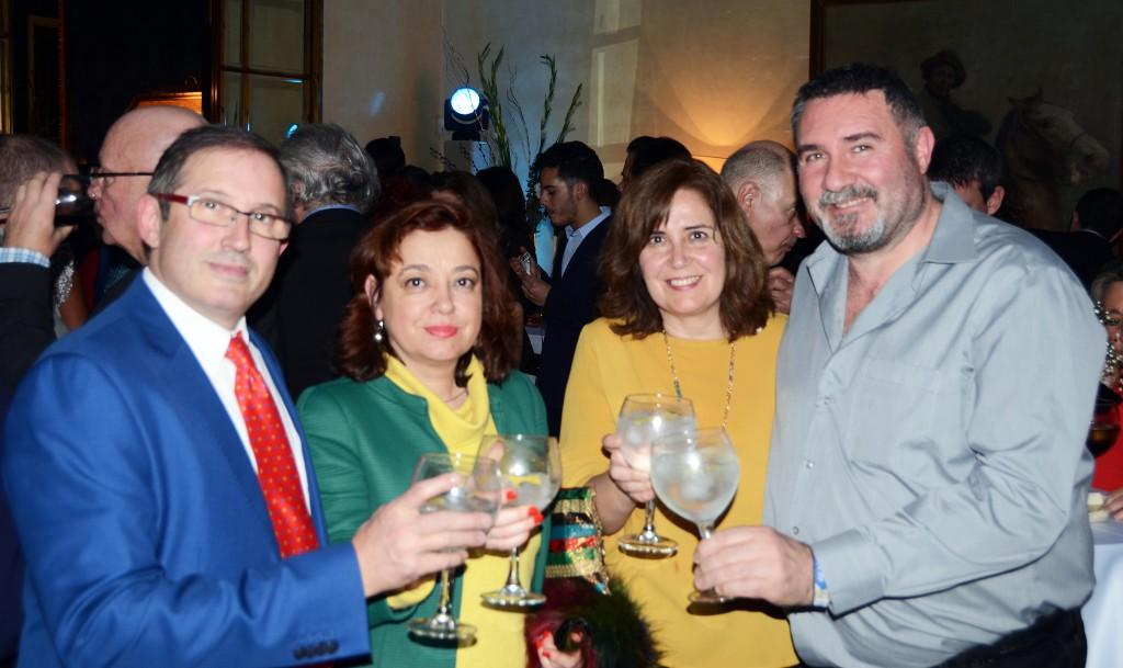Con nuestros amigos de la revista Coloralia, de izquierda a derecha: Jose Antonio, Rosario, Mari Carmen y Mario Cruz
